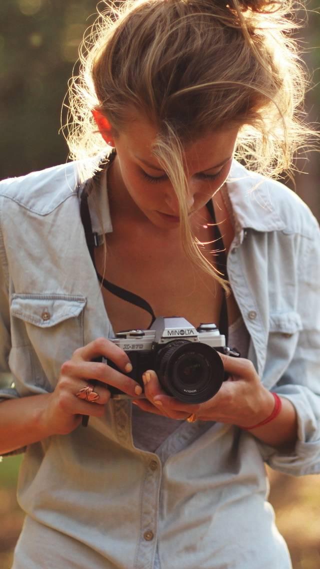 Girl-photographers