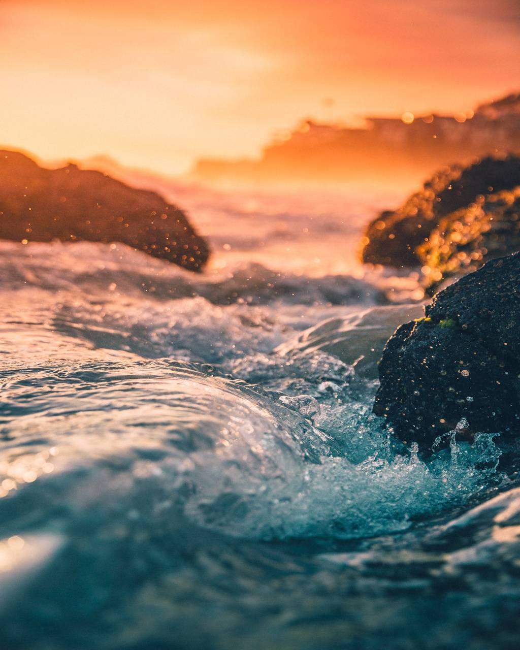 Waves Sunrise