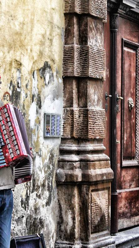 Accordion in Warsaw