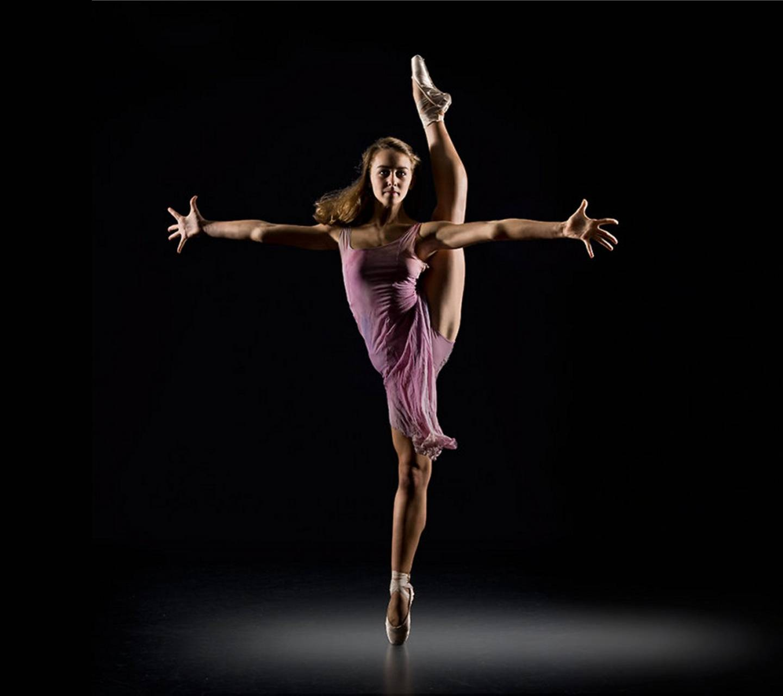 Anne Dancing