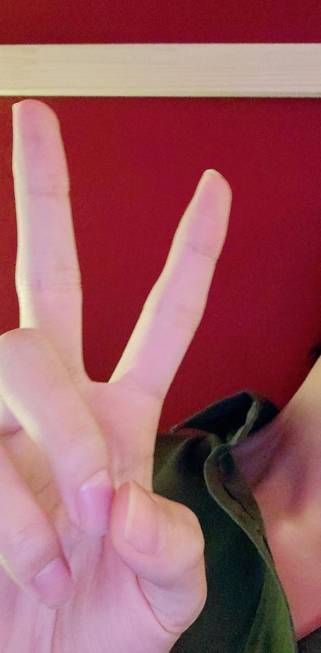 Taehyungs hand
