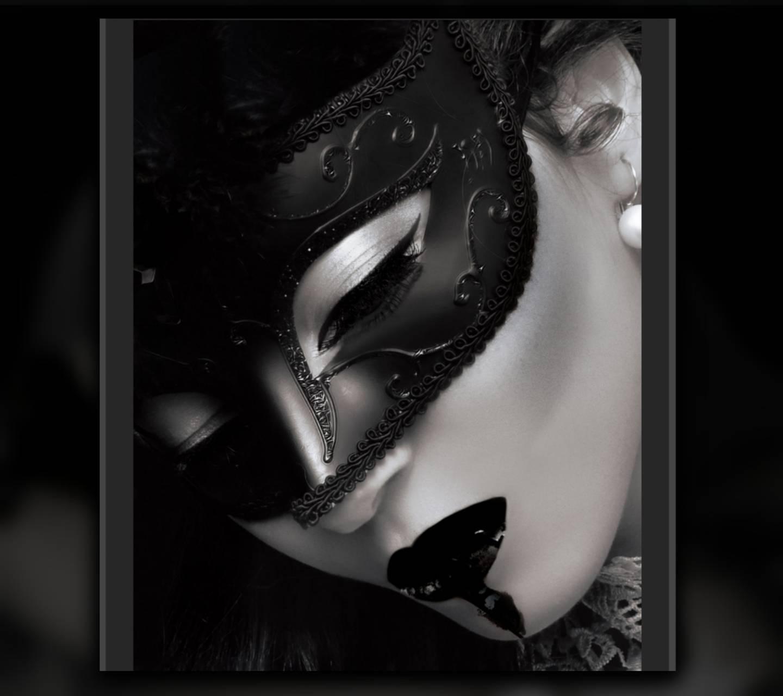 Gothic Black