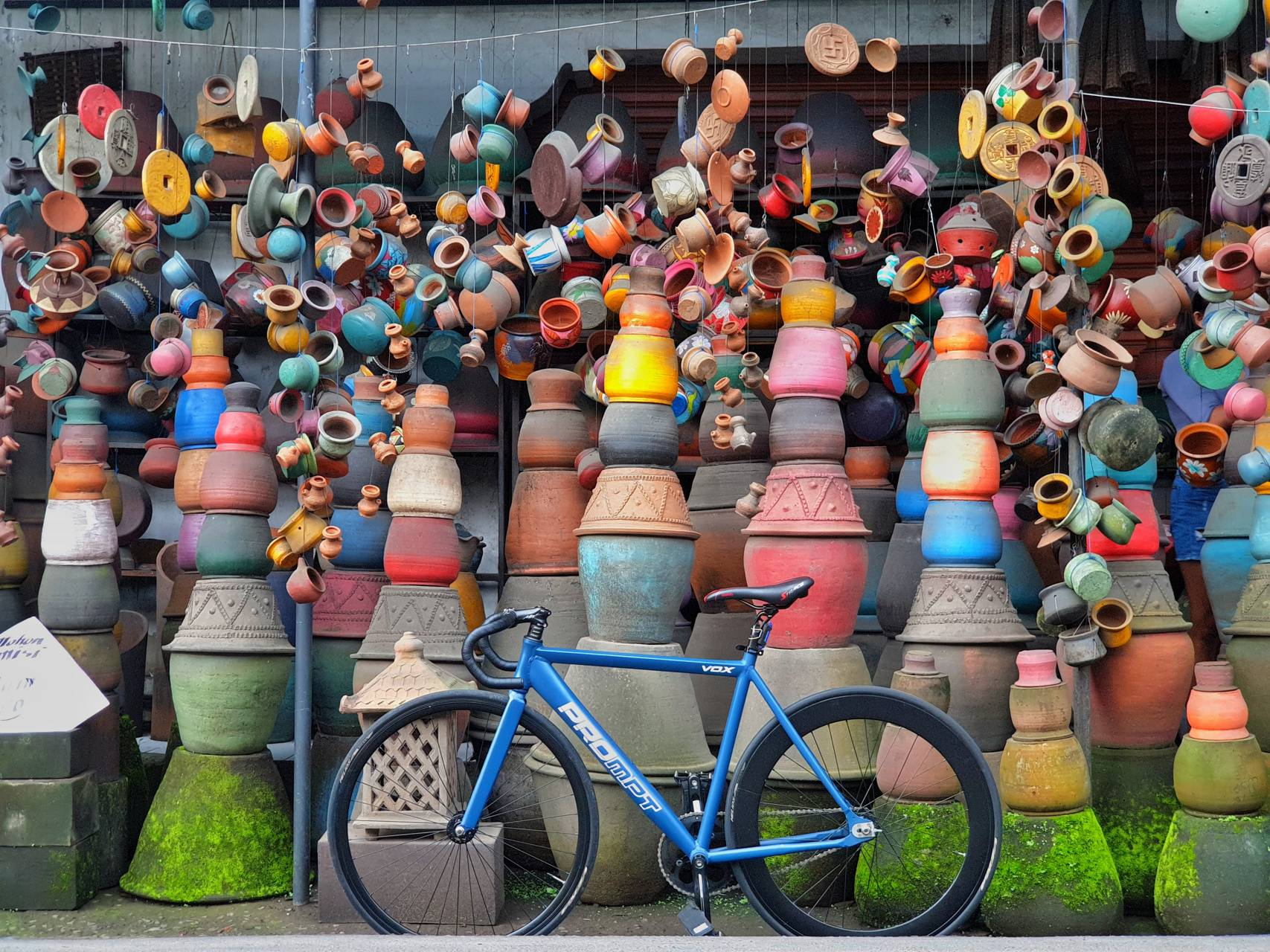 Bike and pottery