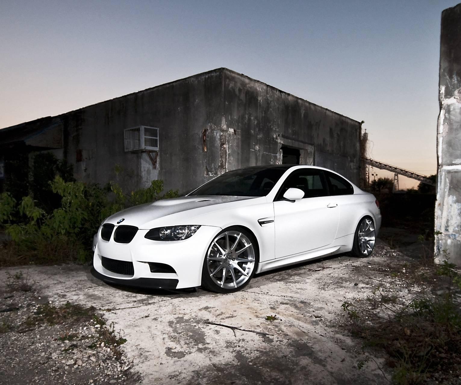 M3 Hd White