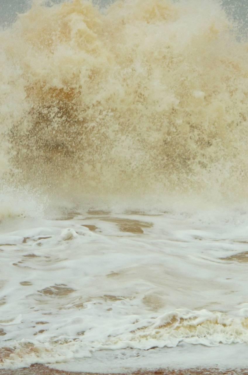 Powerful Sea Wave