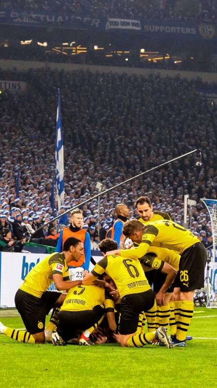 Borussia Dortmund Wallpapers Free By Zedge