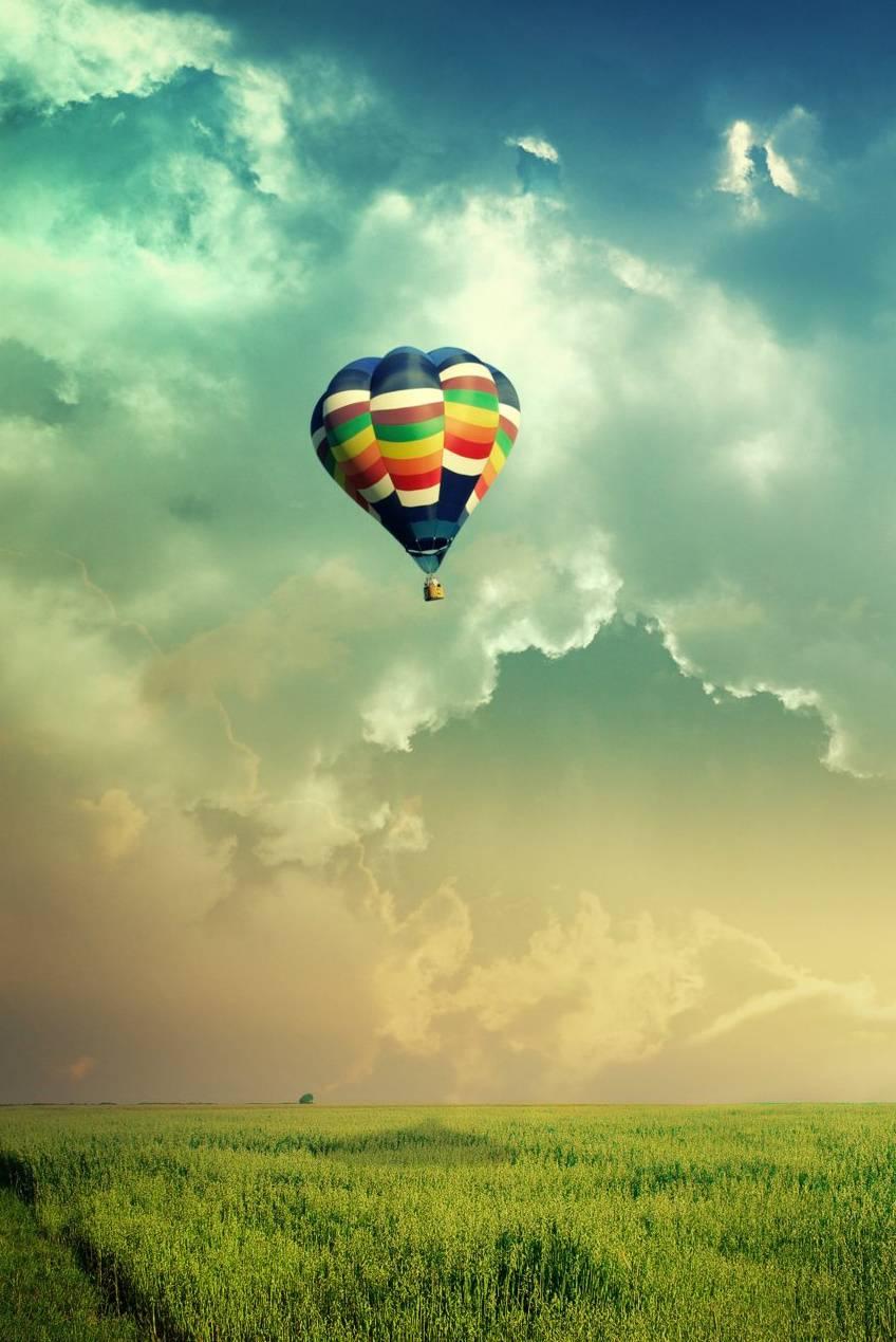 Balloon On The Sky
