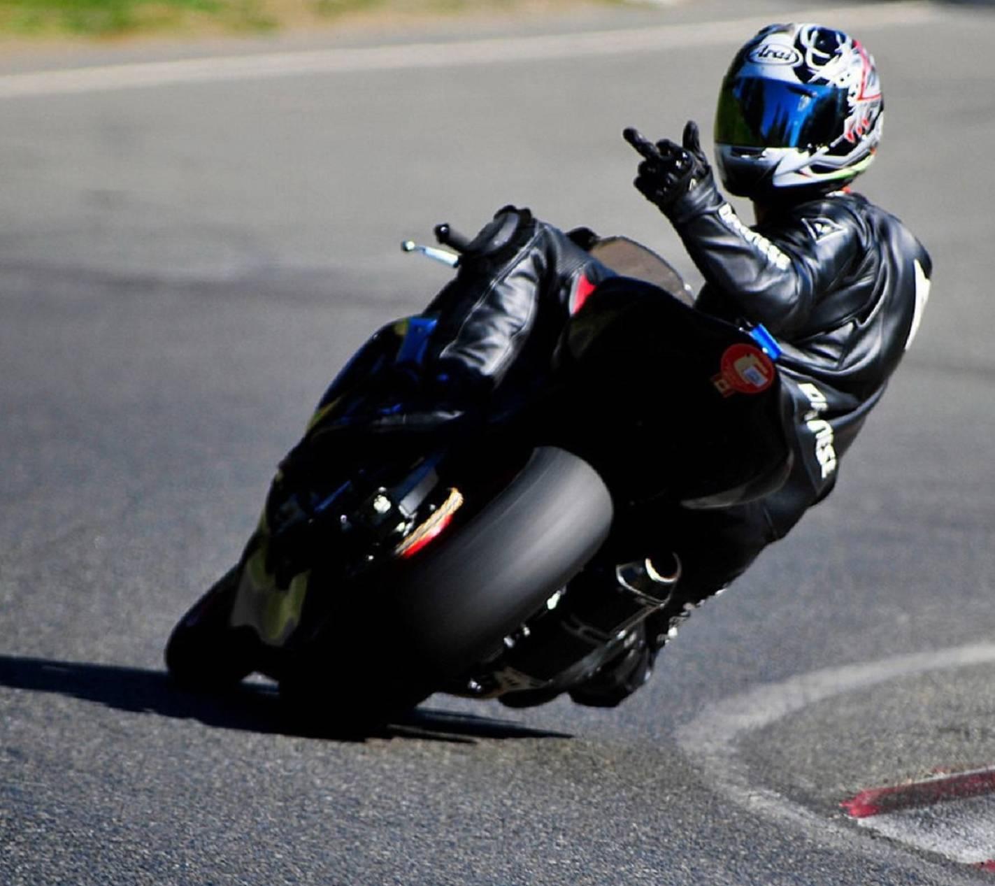 bikers wallpapermanojred - 7c - free on zedge™