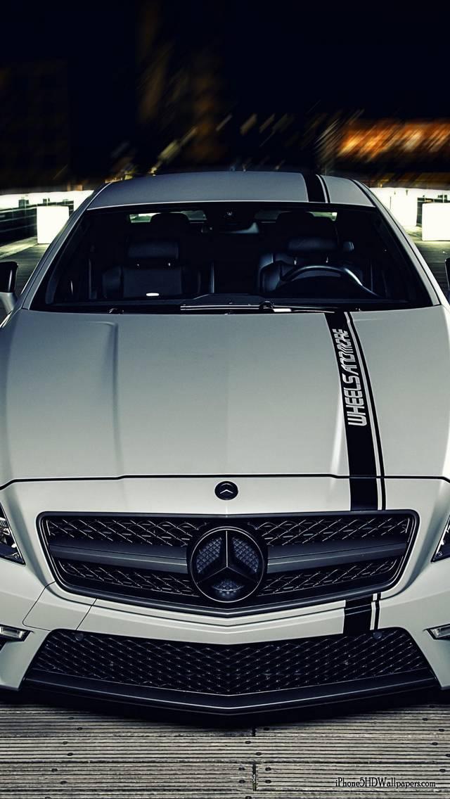 Mercedes White