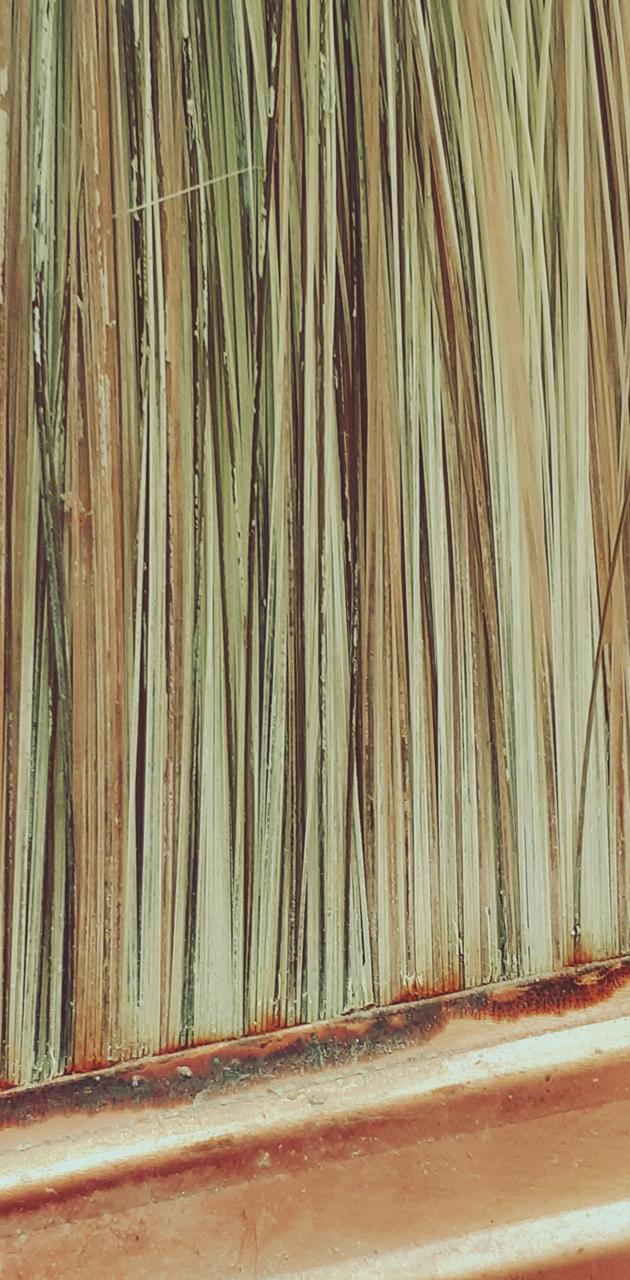 Rustic paint brush