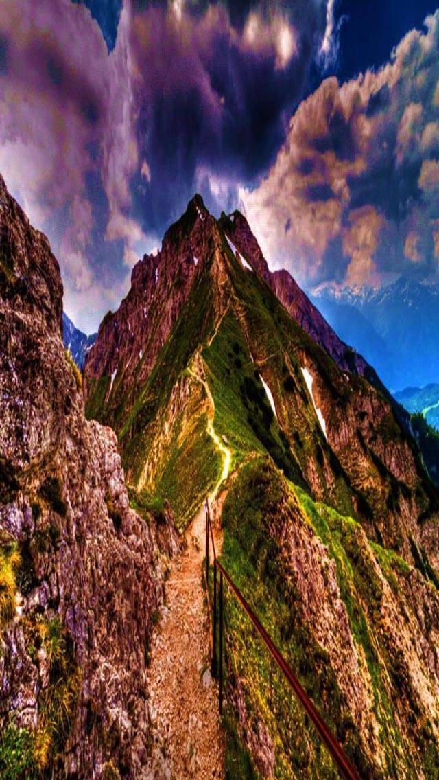 Amazing Mountain