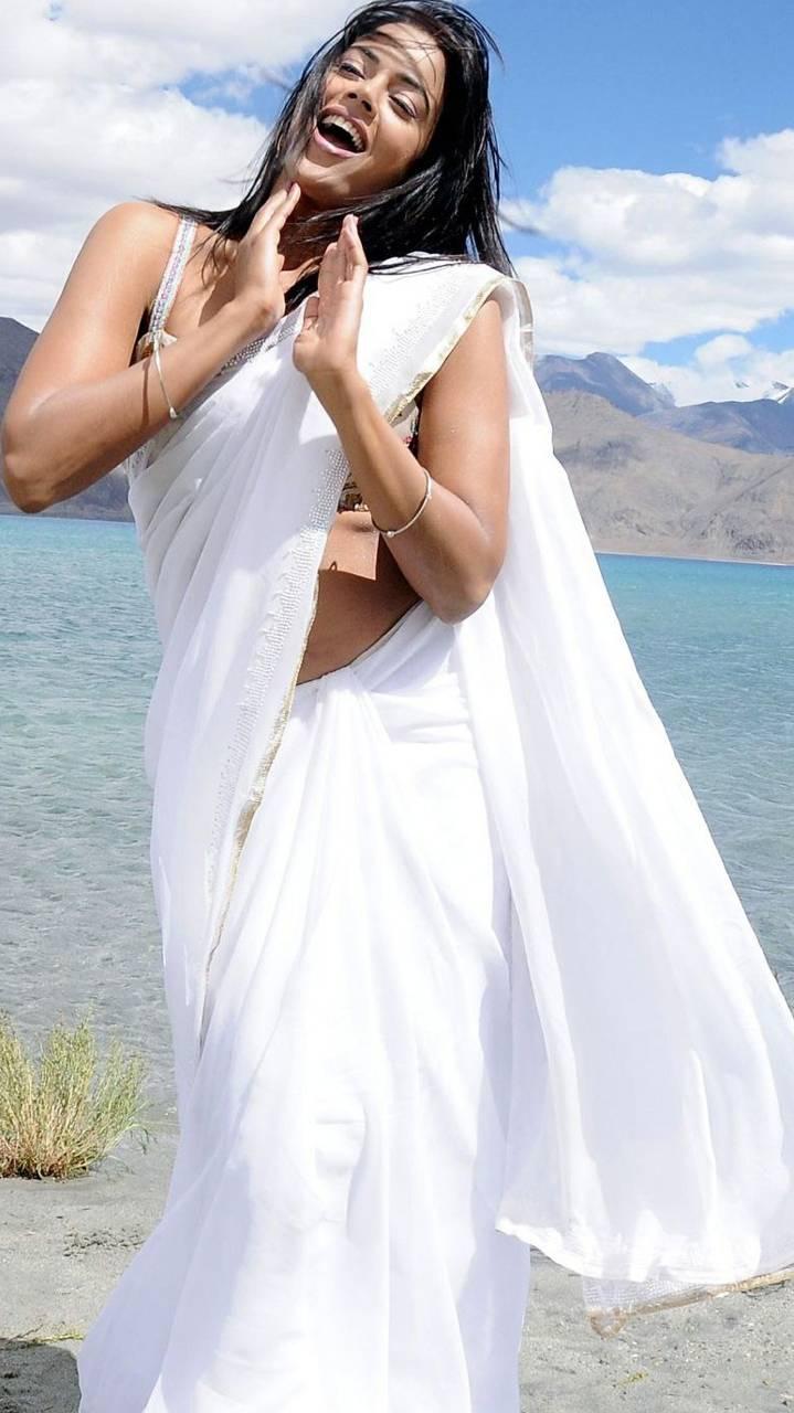 Sameera Saree Navel