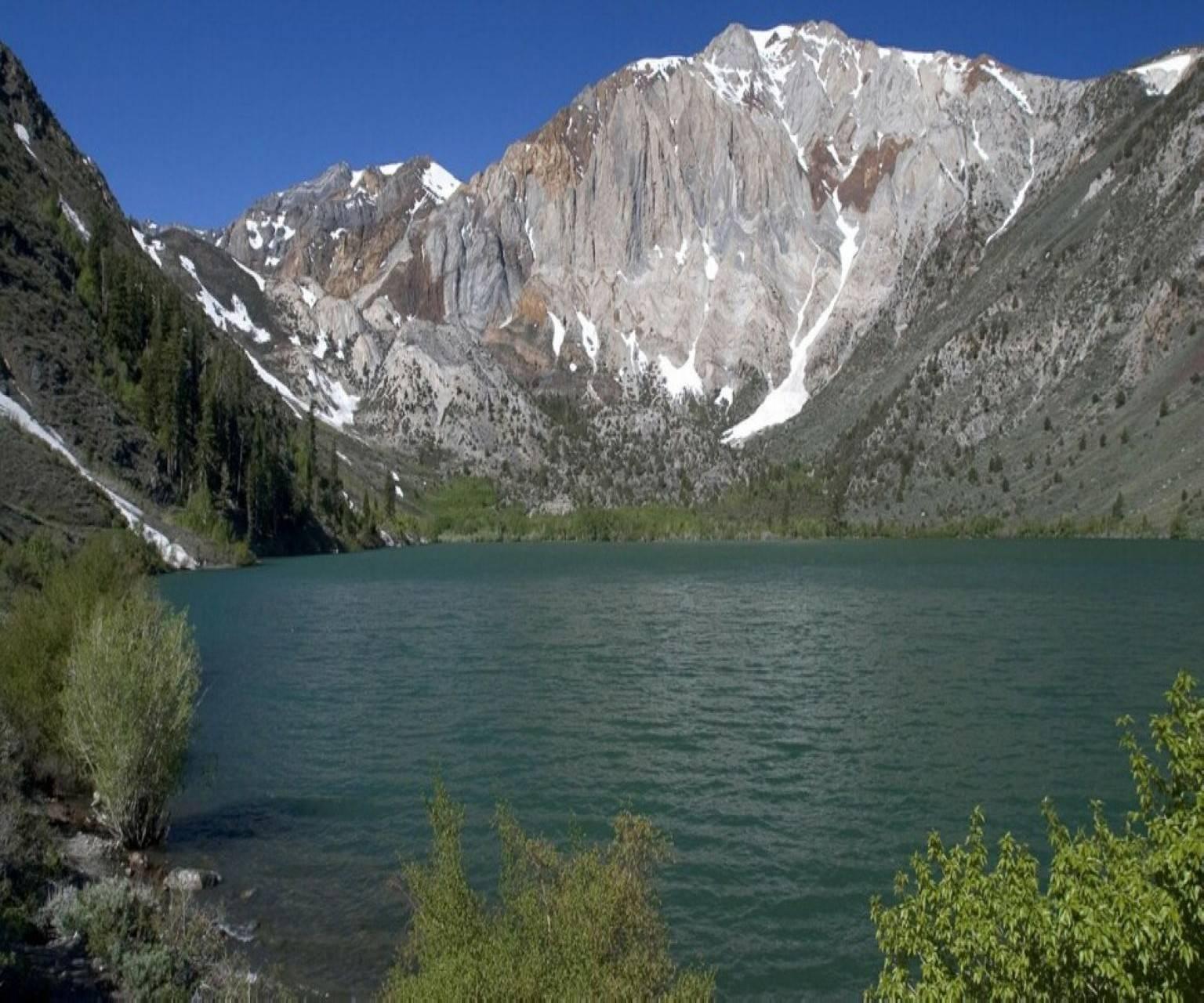 Lake Mountin