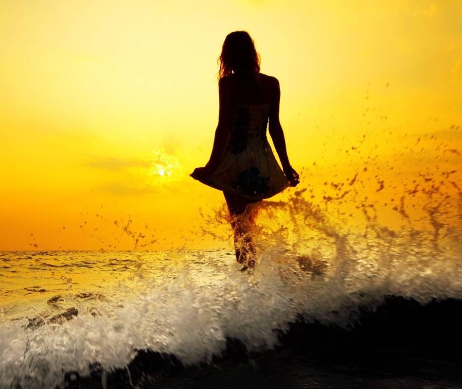 Sun Set Girl