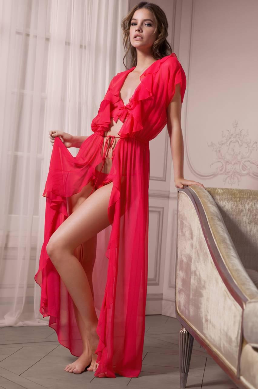 Hot Redbeauty Angels