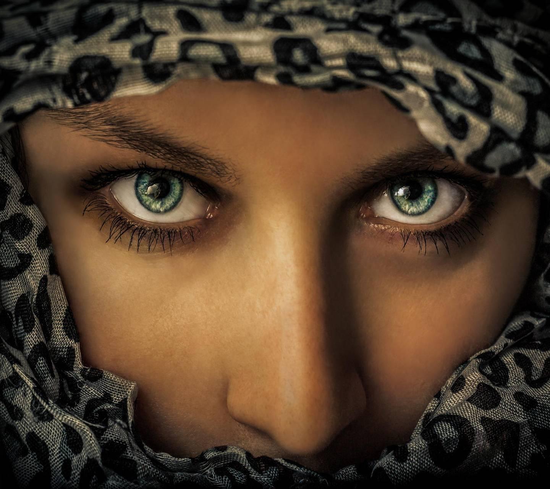 Arabian Eyes