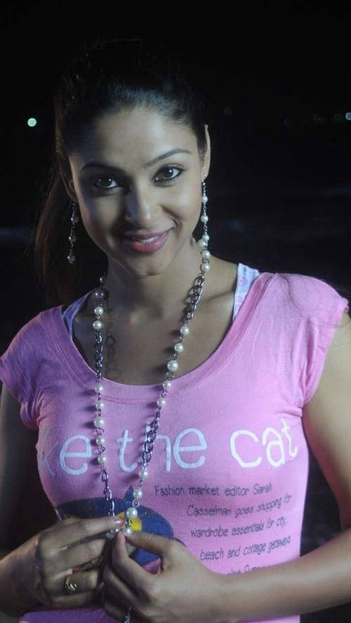 Angana Rao Hot