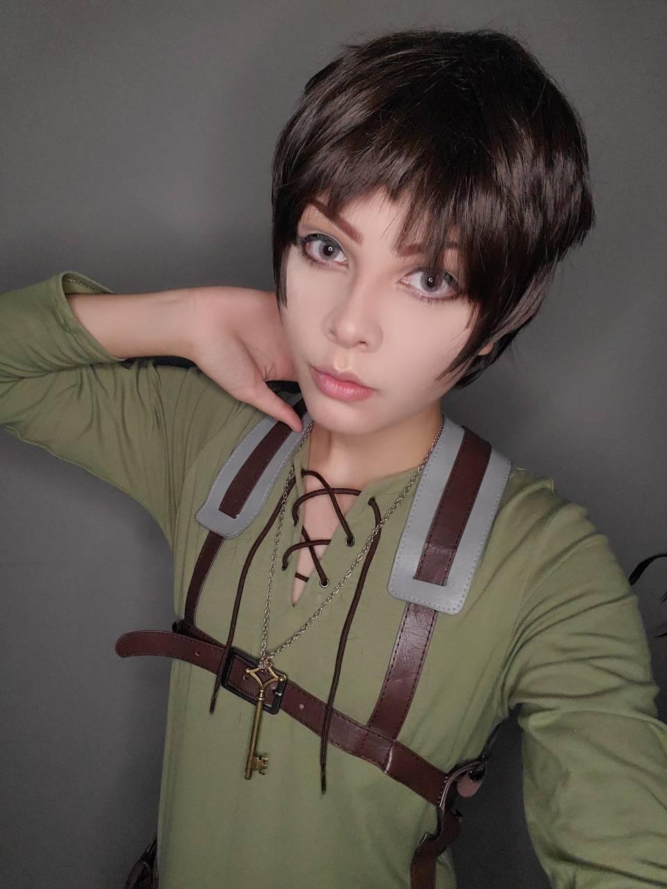 Eren Jaeger cosplay