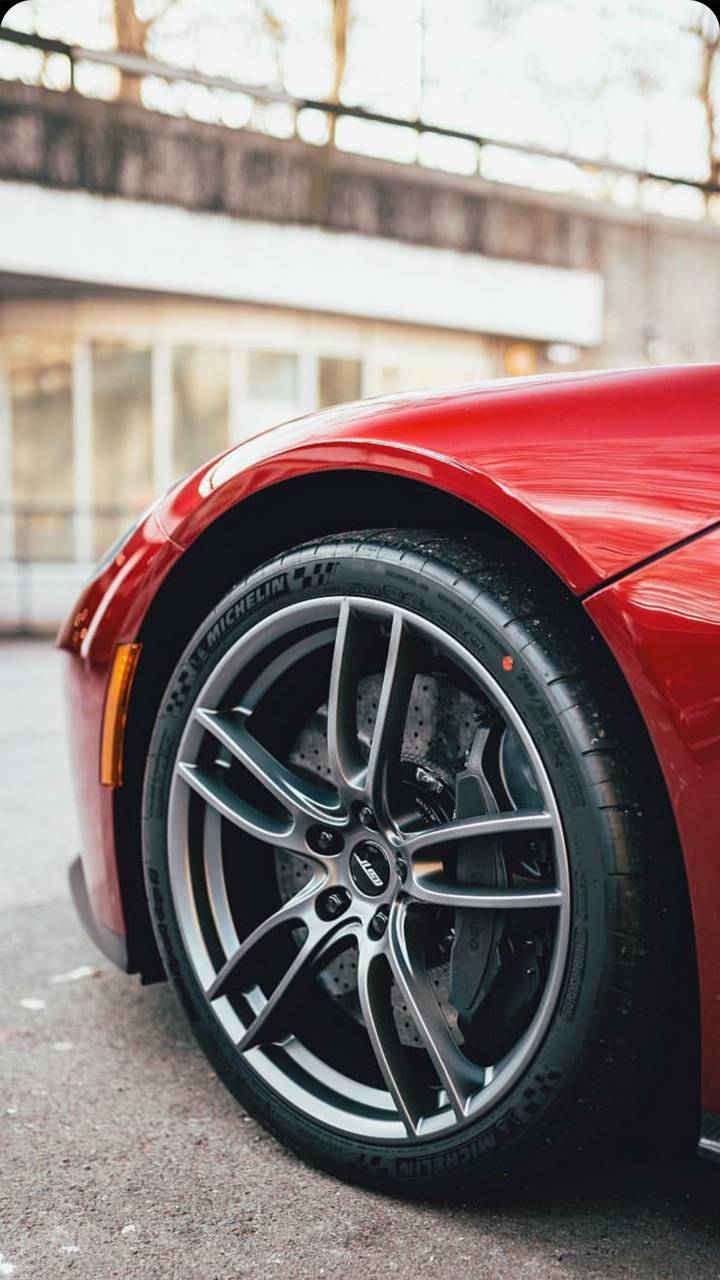 HD Ford GT wheel
