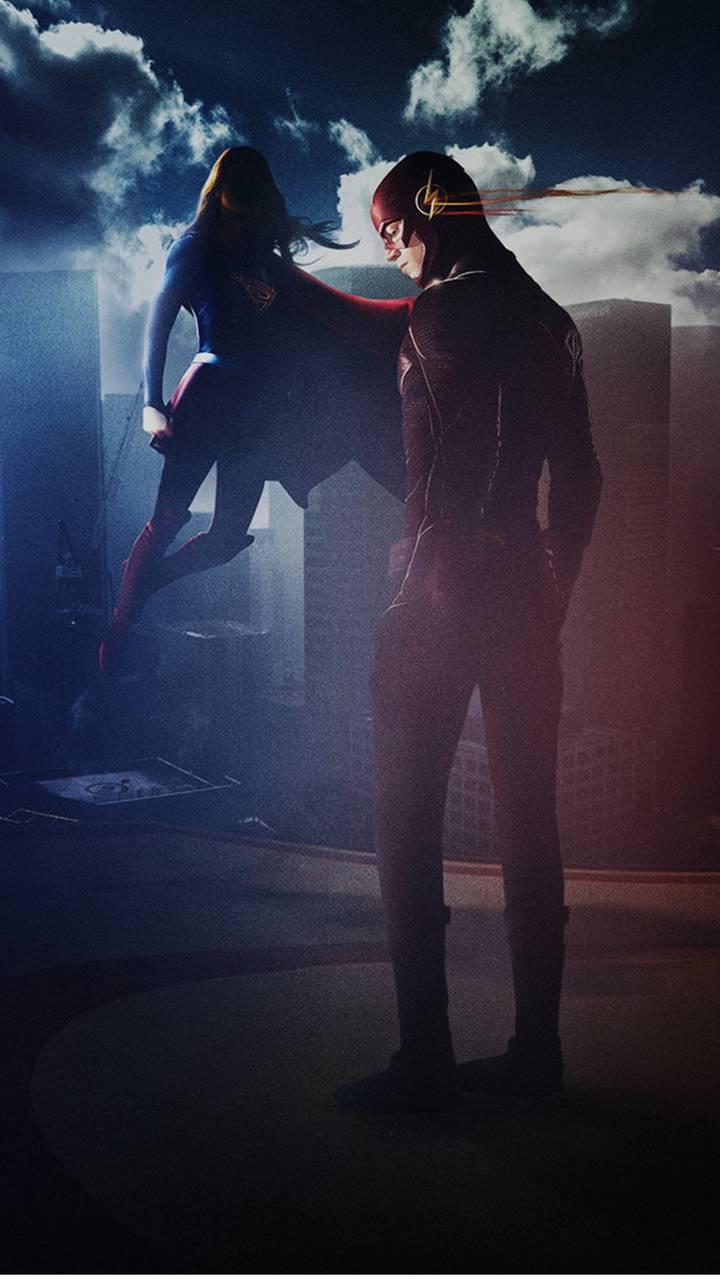 Supergirl VS Flash