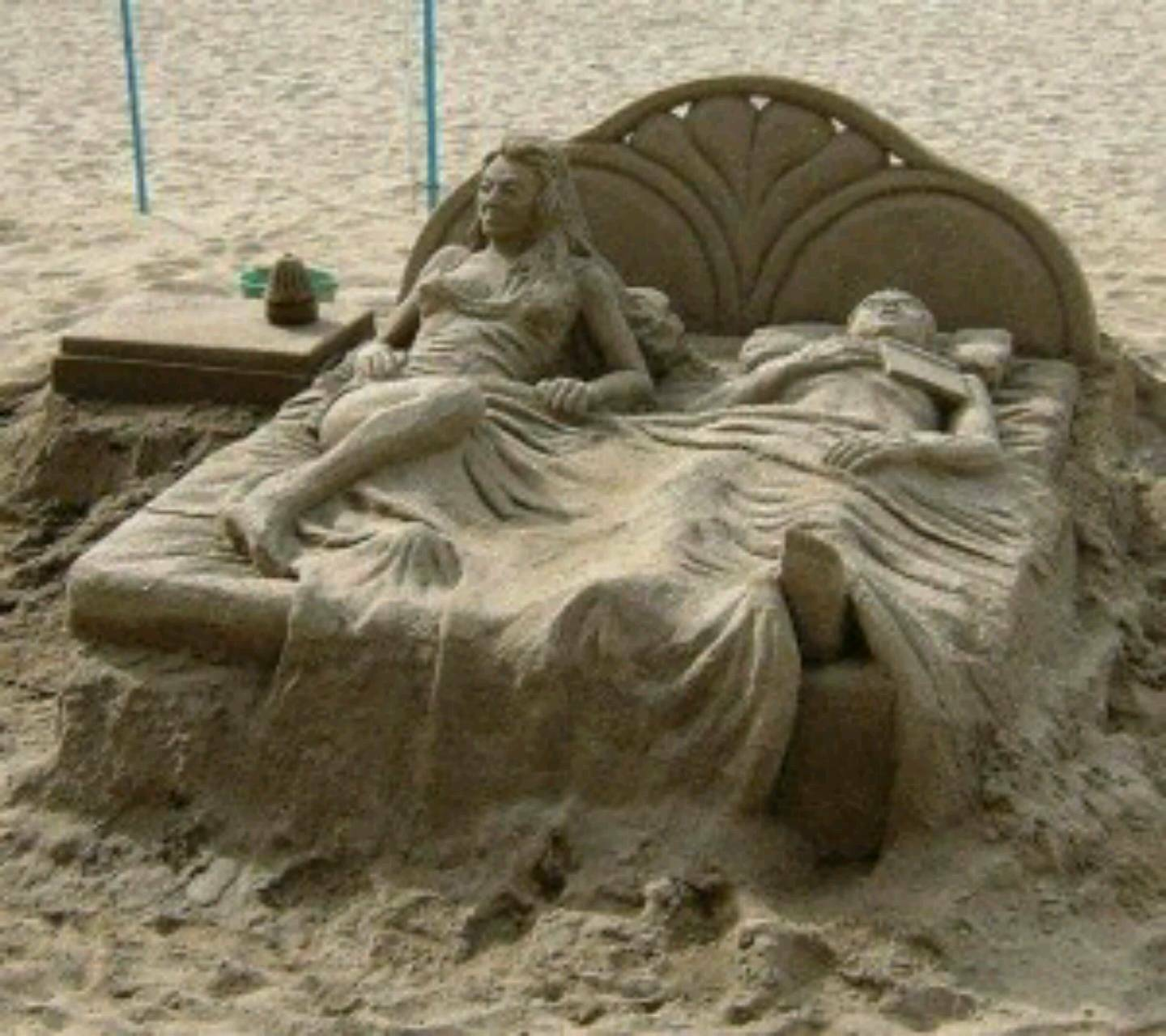 sand cassetle bed