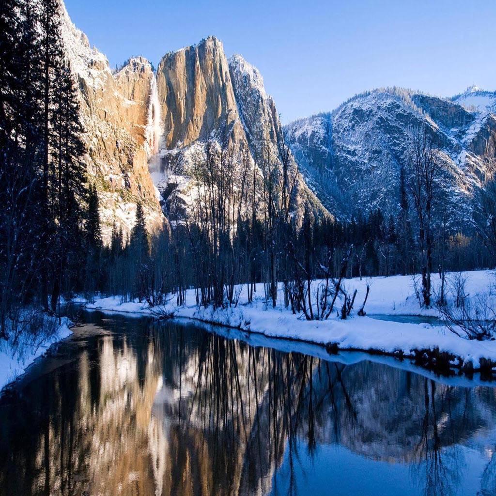 Winter snow mountain