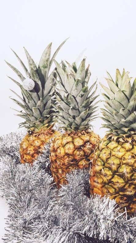 Merry Pineapple
