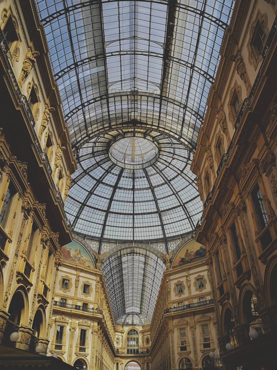 Milano symetry
