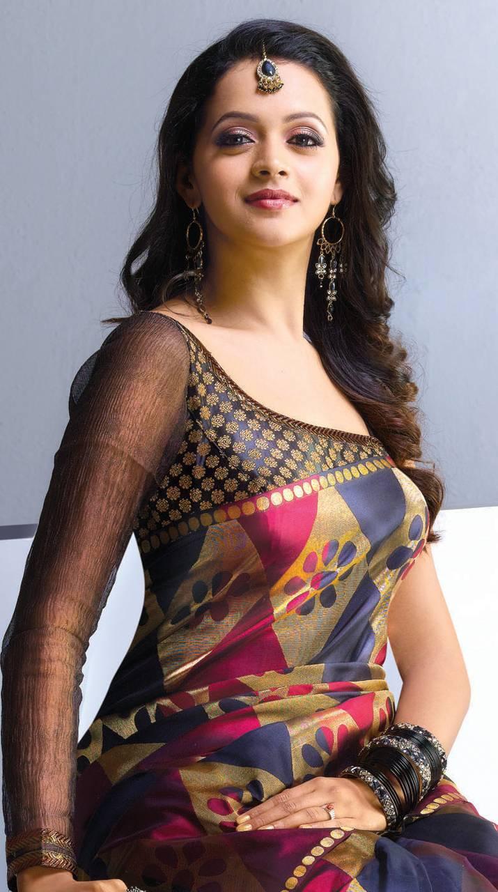 Girl bhavana sexy photos