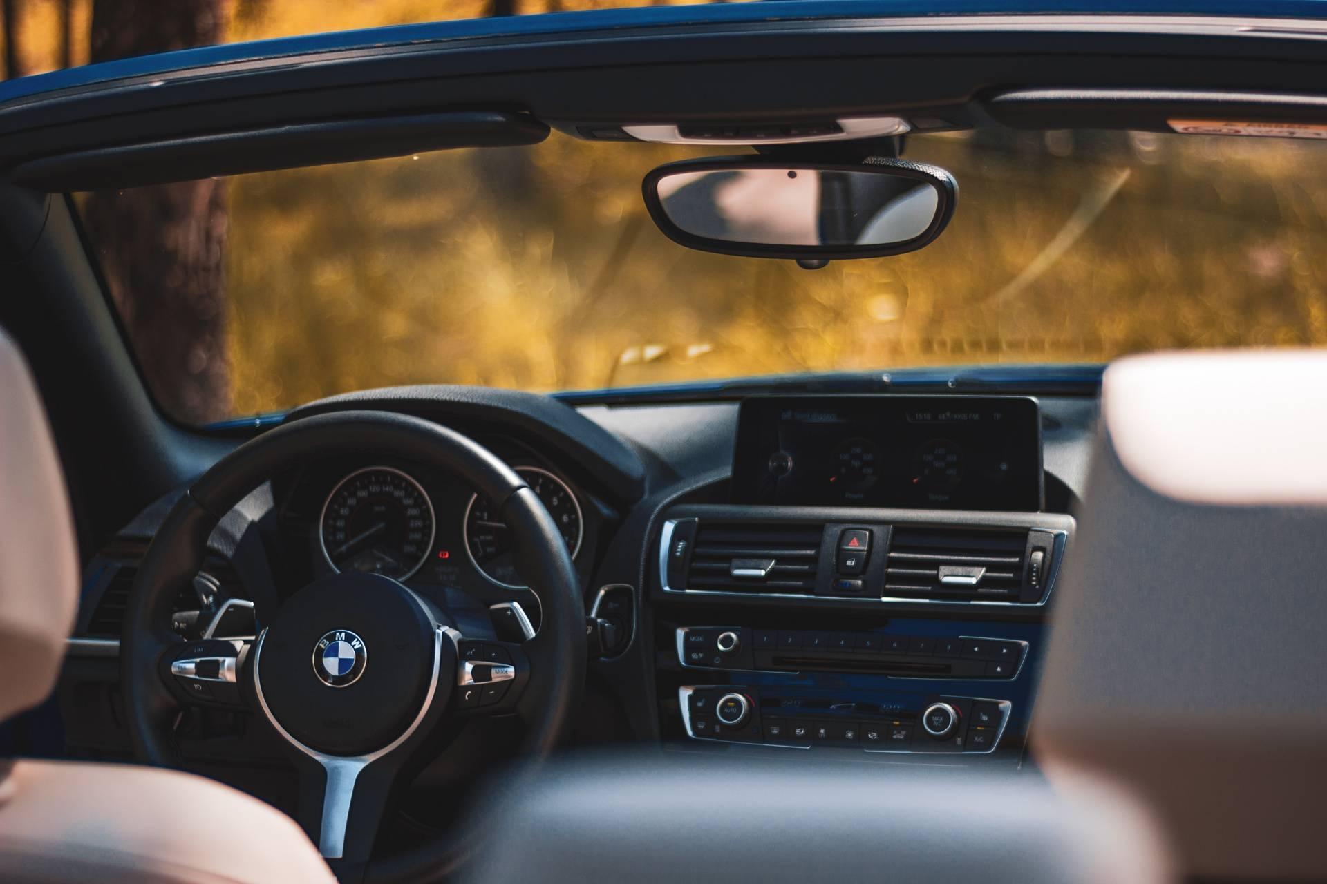 BMW M2 INTERIOR