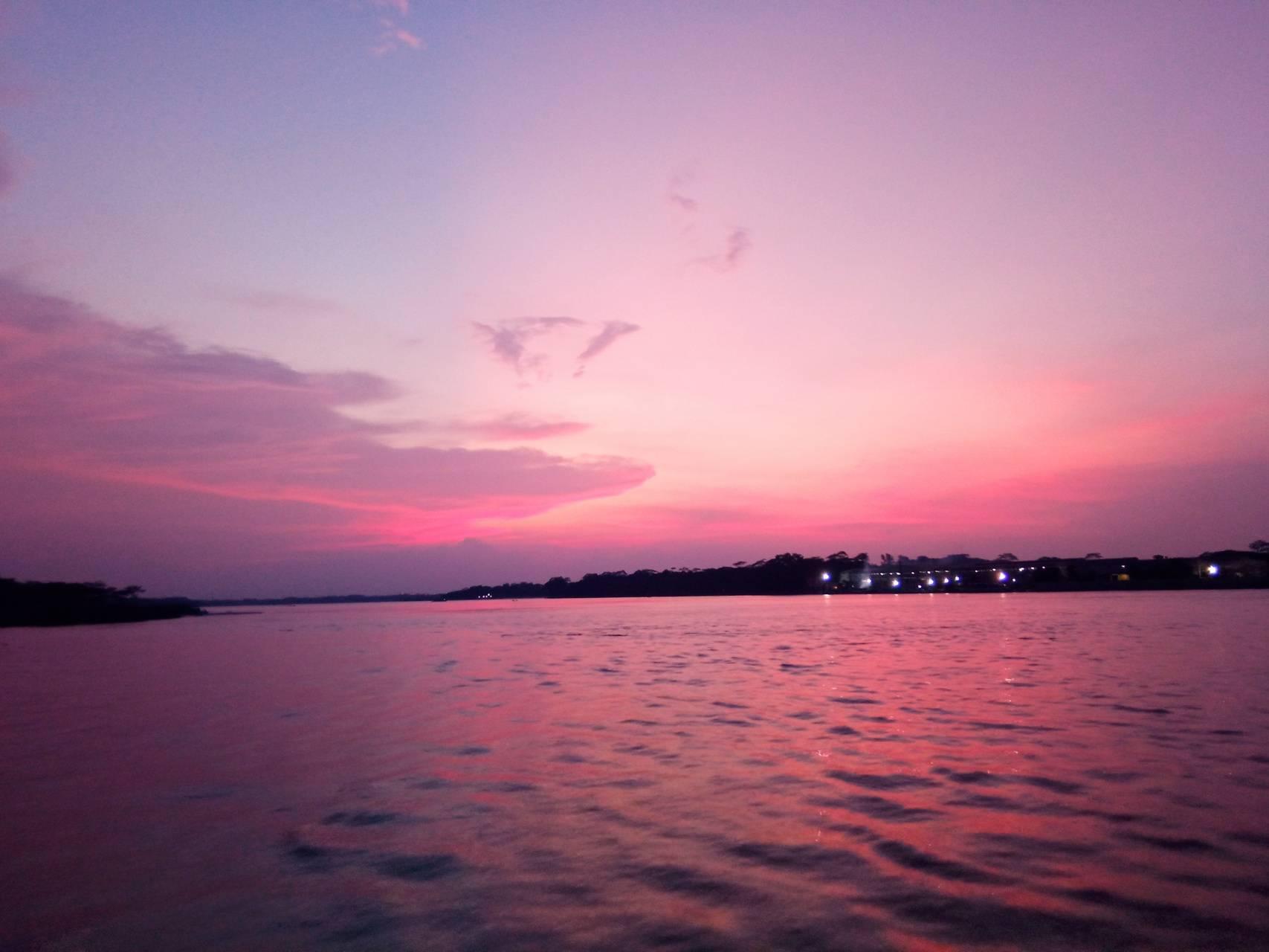Glooming Skies