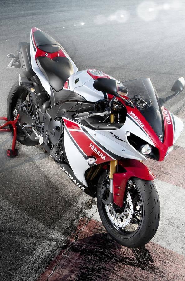 Kickass Yamaha R1