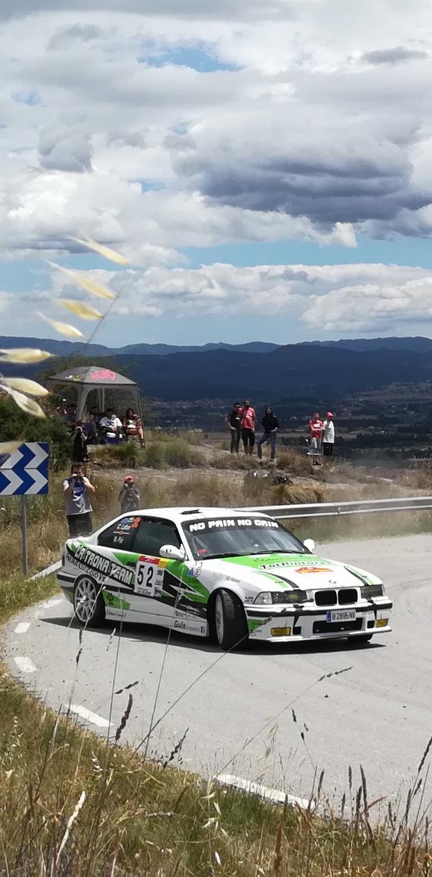 BMW cruzado