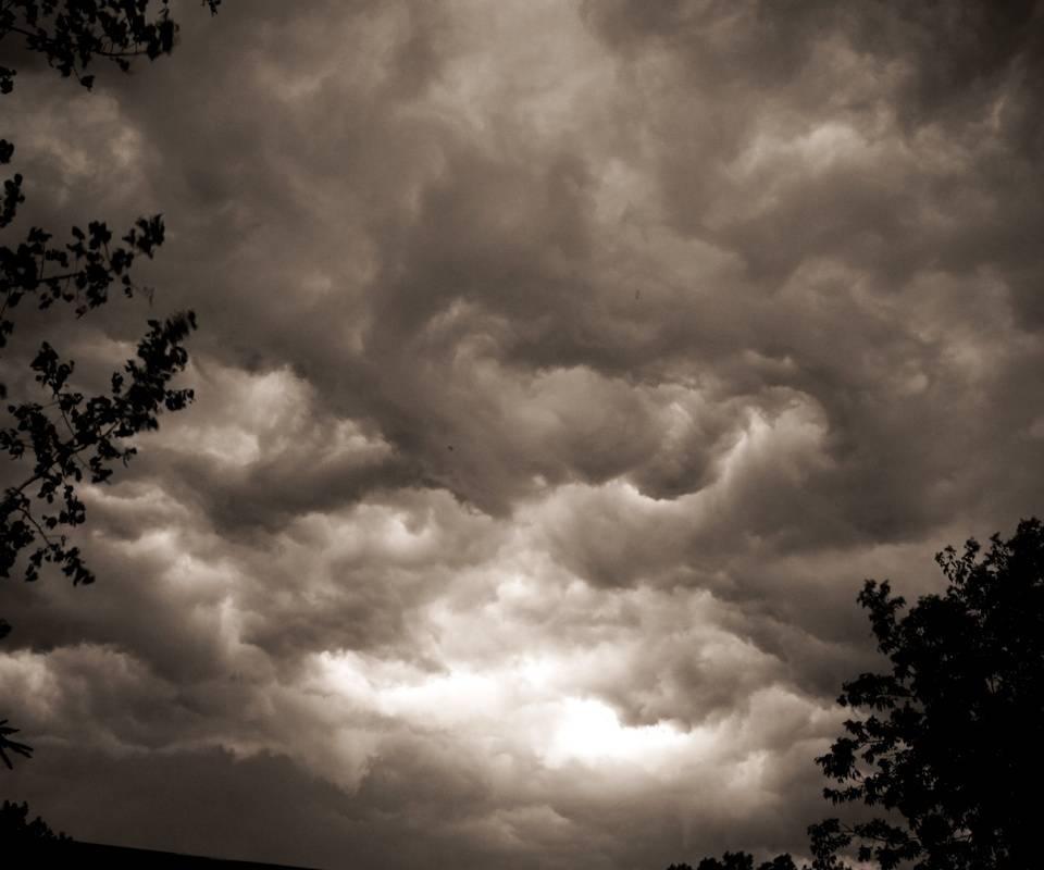 Clouds Roll In