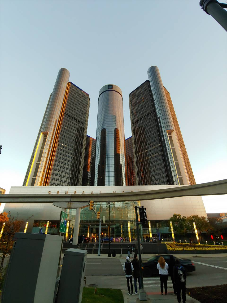The ren cen detroit
