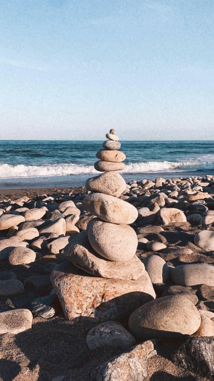 Pebbles Sea