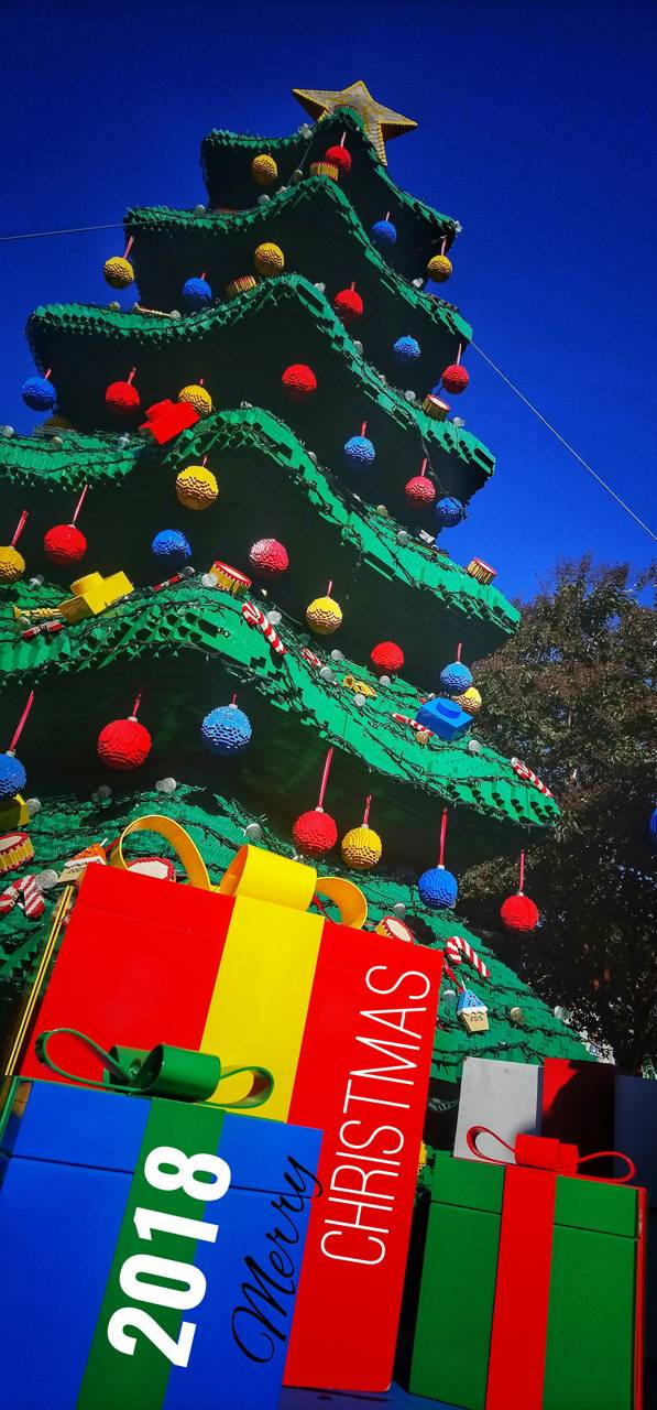 Merr Christmas Lego