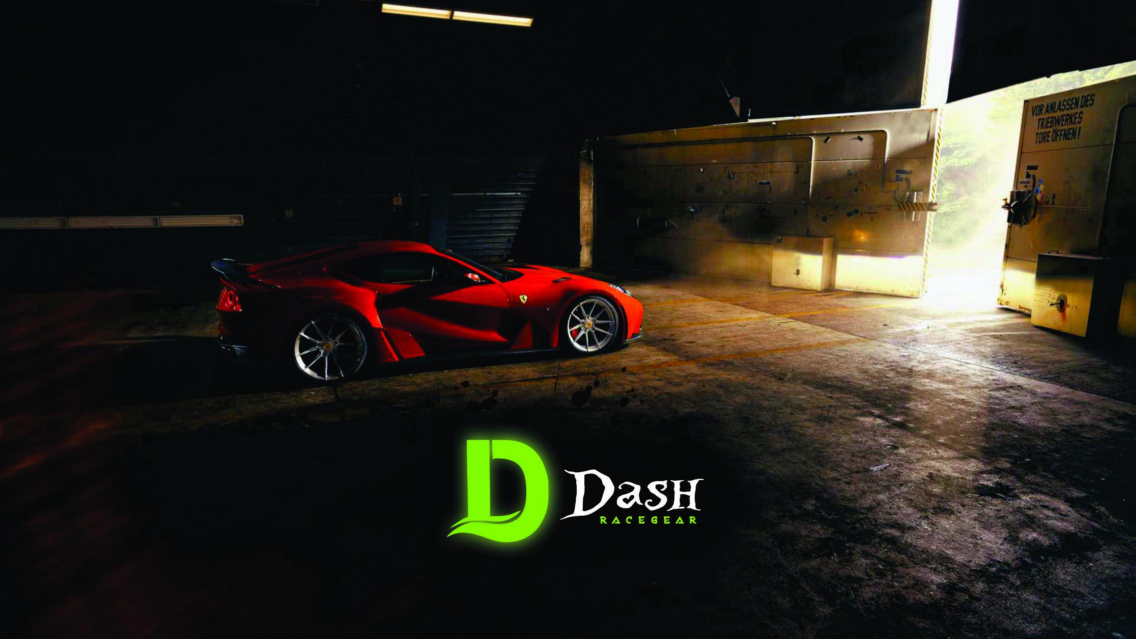Dash Ferrari 812