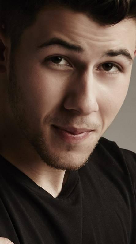 Nick Jonas Singing. Nick