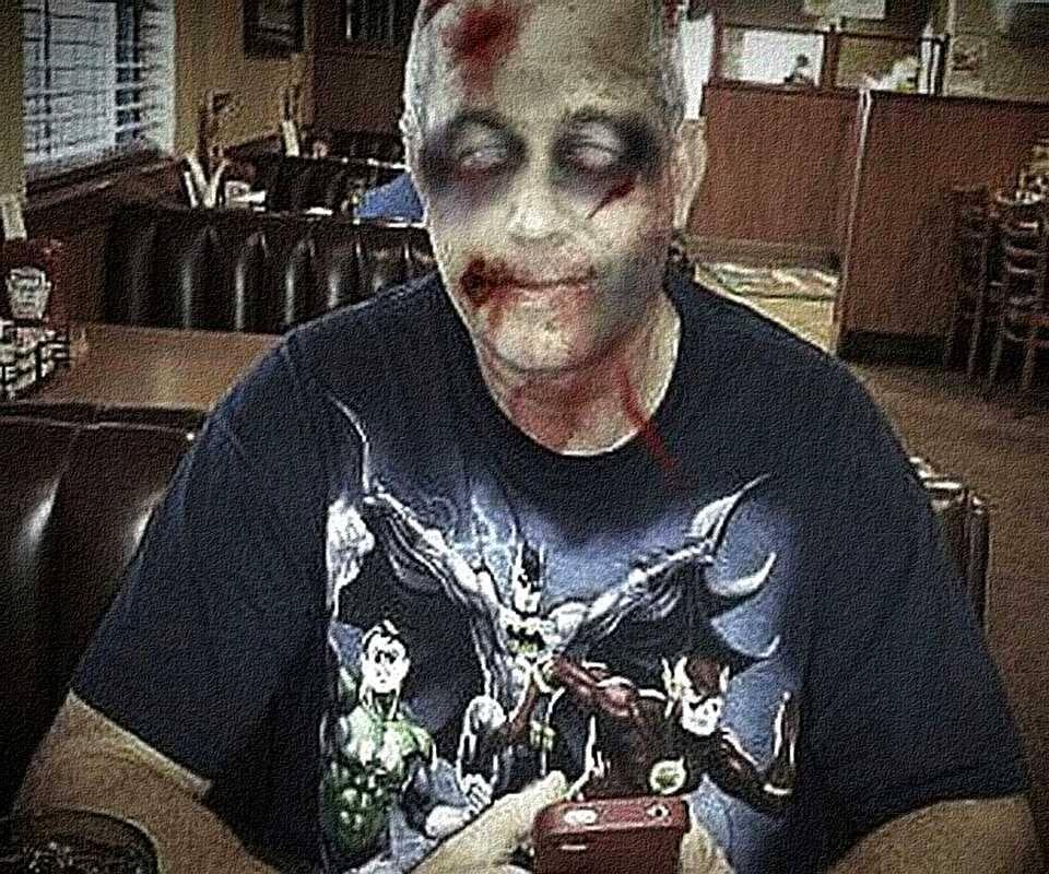 Dennys Zombie