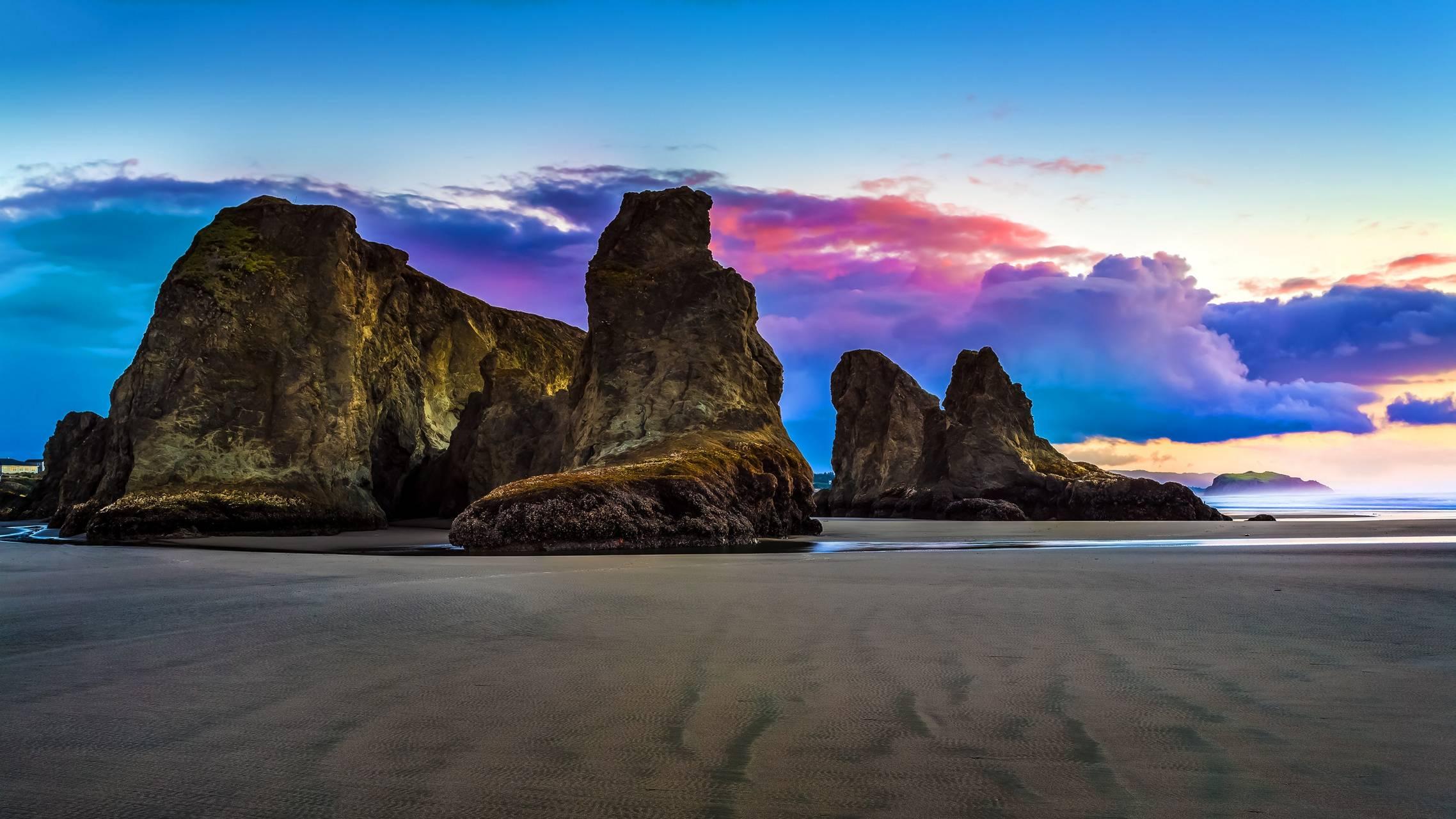 rocks sandclouds