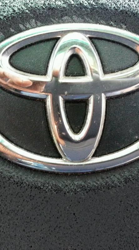 Toyota blunt art